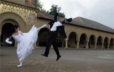 Groom: 'My first kickboxing lesson' !